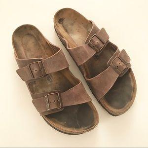 ** Birkenstocks ** Classic brown leather sandals